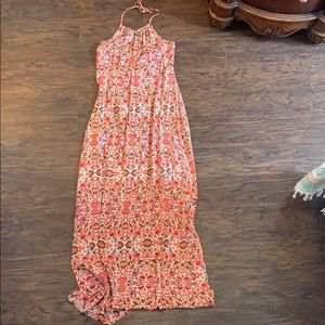 • Like New Maxi Dress •